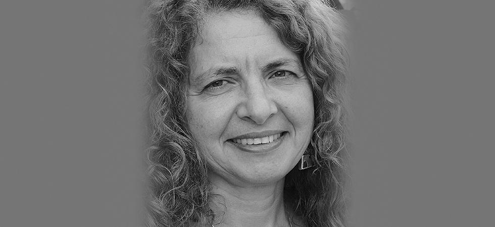 Lisa Suhair Majaj